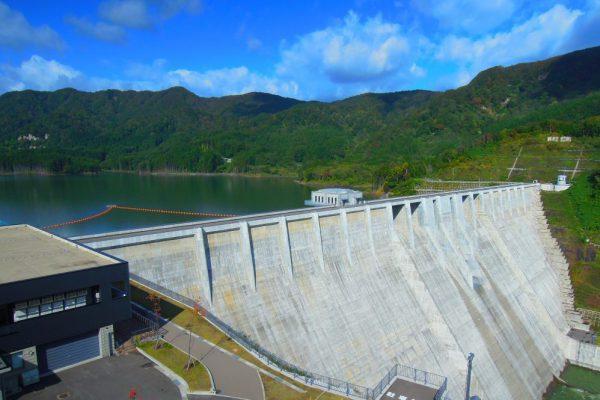 쓰가루 댐