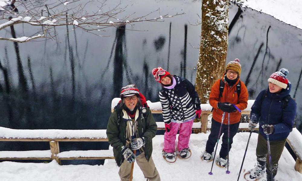 雪中漫步十二湖<深浦地区>